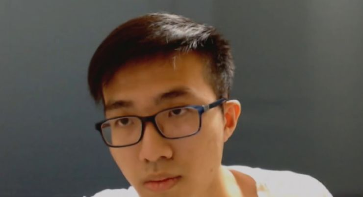 (图为中国香港籍的电竞选手Blitzchung)