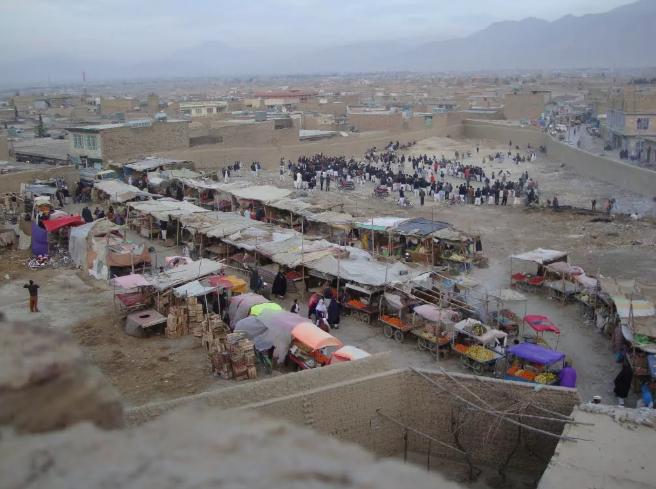 奎达哈扎拉社区