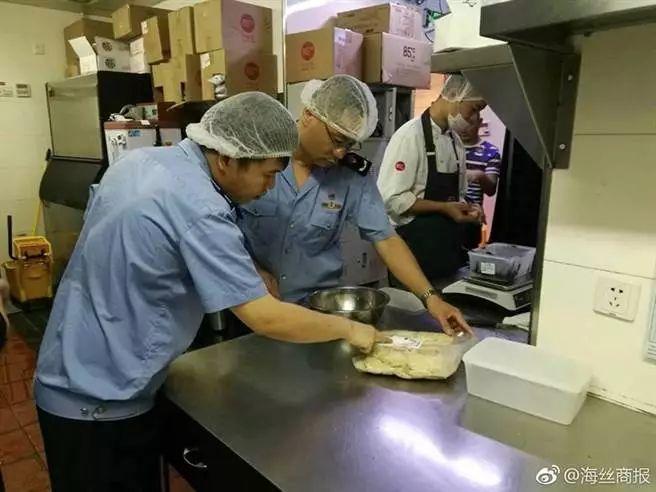 福建南安水头市监所稽查85°C食品卫生问题。