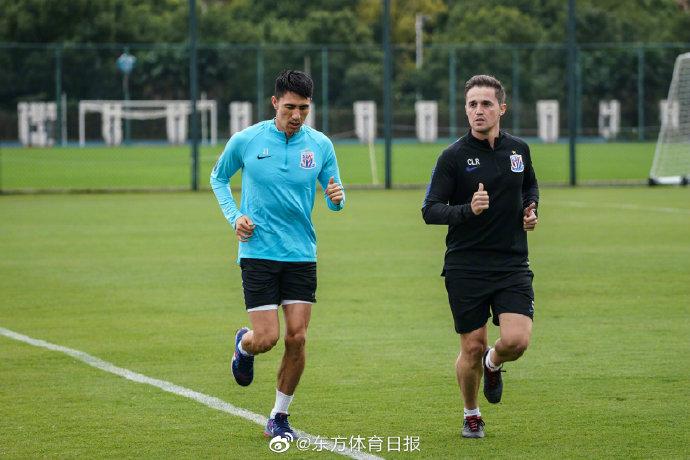 东体:申花高强度封闭训练,王伟伤愈主动请缨余下比赛