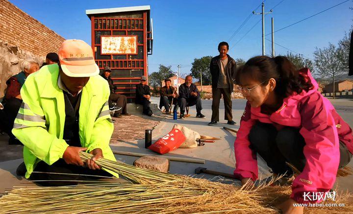 【来自扶贫一线的报告】黄家梁记(上篇):驻村干部能干成啥样?