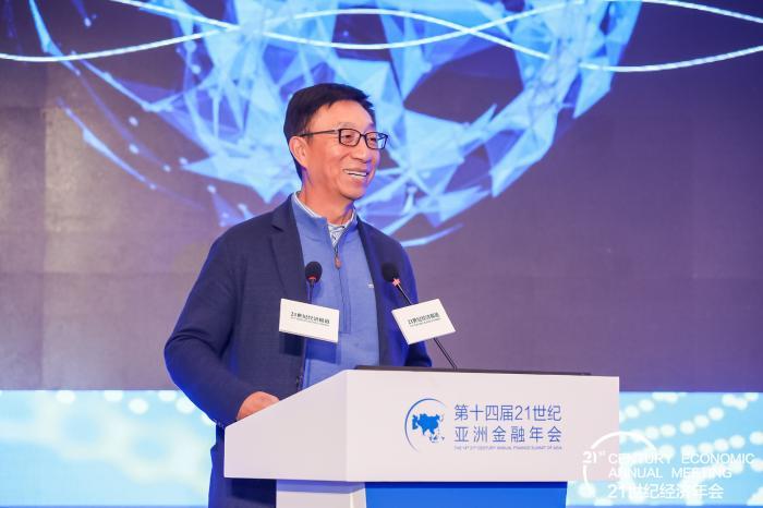 """华泰保险董事长王梓木: """"向上而生""""与""""向善而行""""构成新的商业文明"""