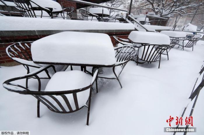 <b>航班取消事故频发 暴风雪持续袭击美国各地(图)|暴风雪</b>