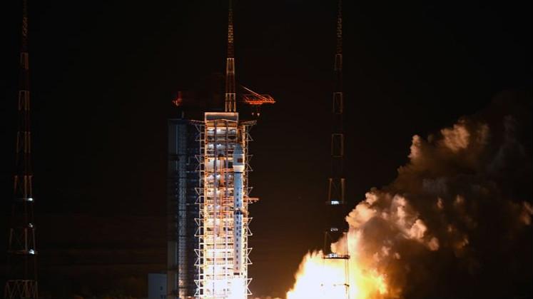 长征四号丙运载火箭成功发射高分十号卫星