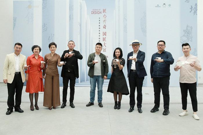杨澜首度挑战策展人 《匠心传奇 国匠大展》开幕