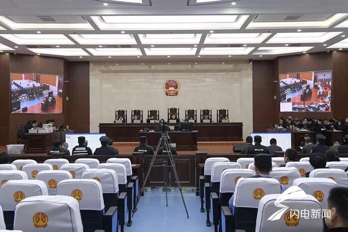 东营:张大伟等21人涉嫌组织、领导、参加黑社会性质组织案一审庭审结束