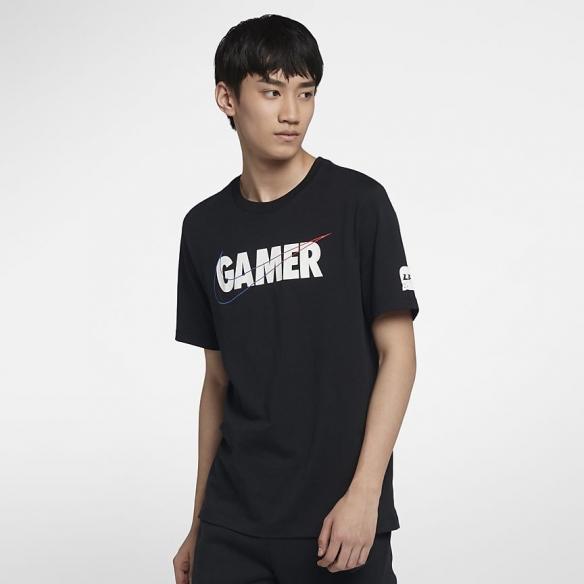 """致敬每一位""""Gamer""""!耐克X《英雄联盟》LPL联名"""