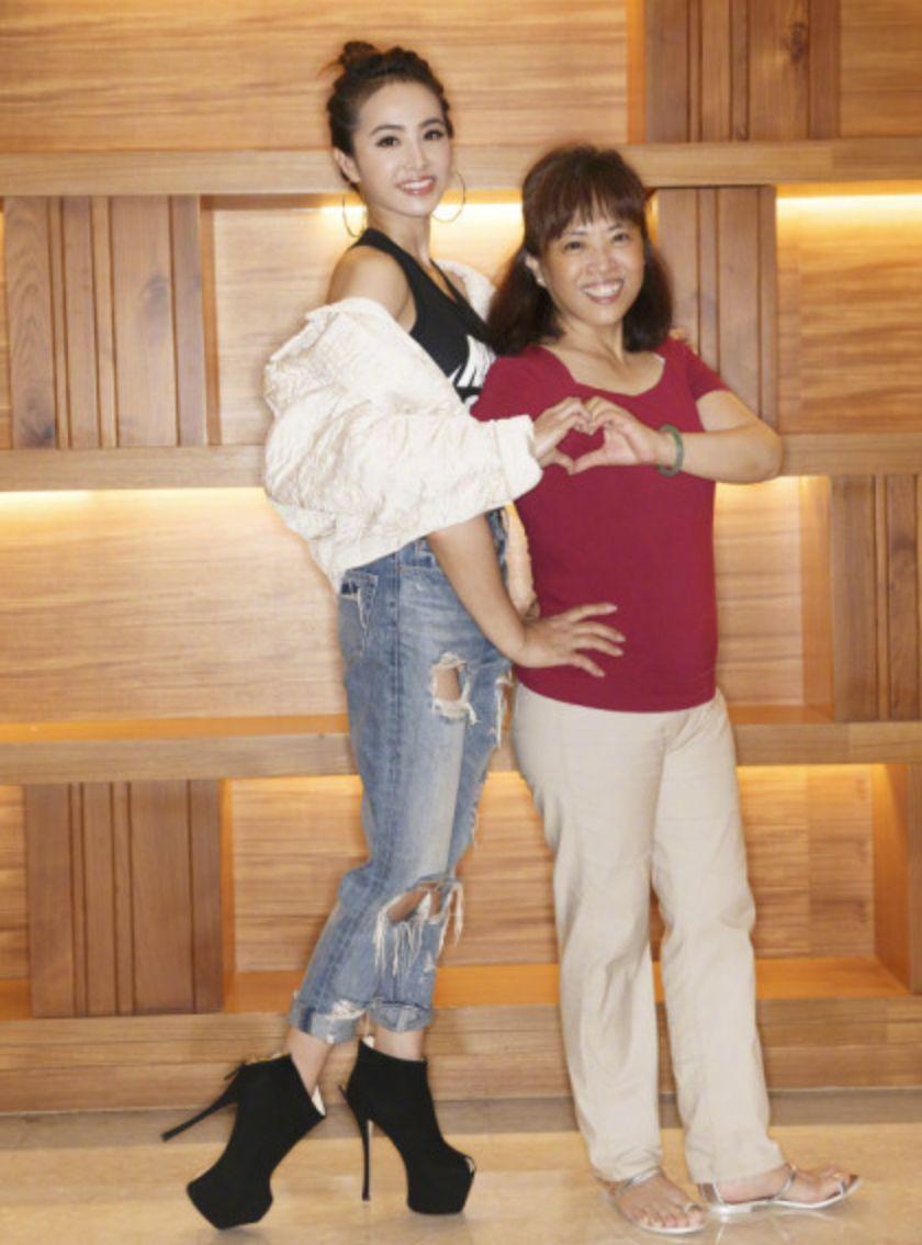 蔡依林与妈妈