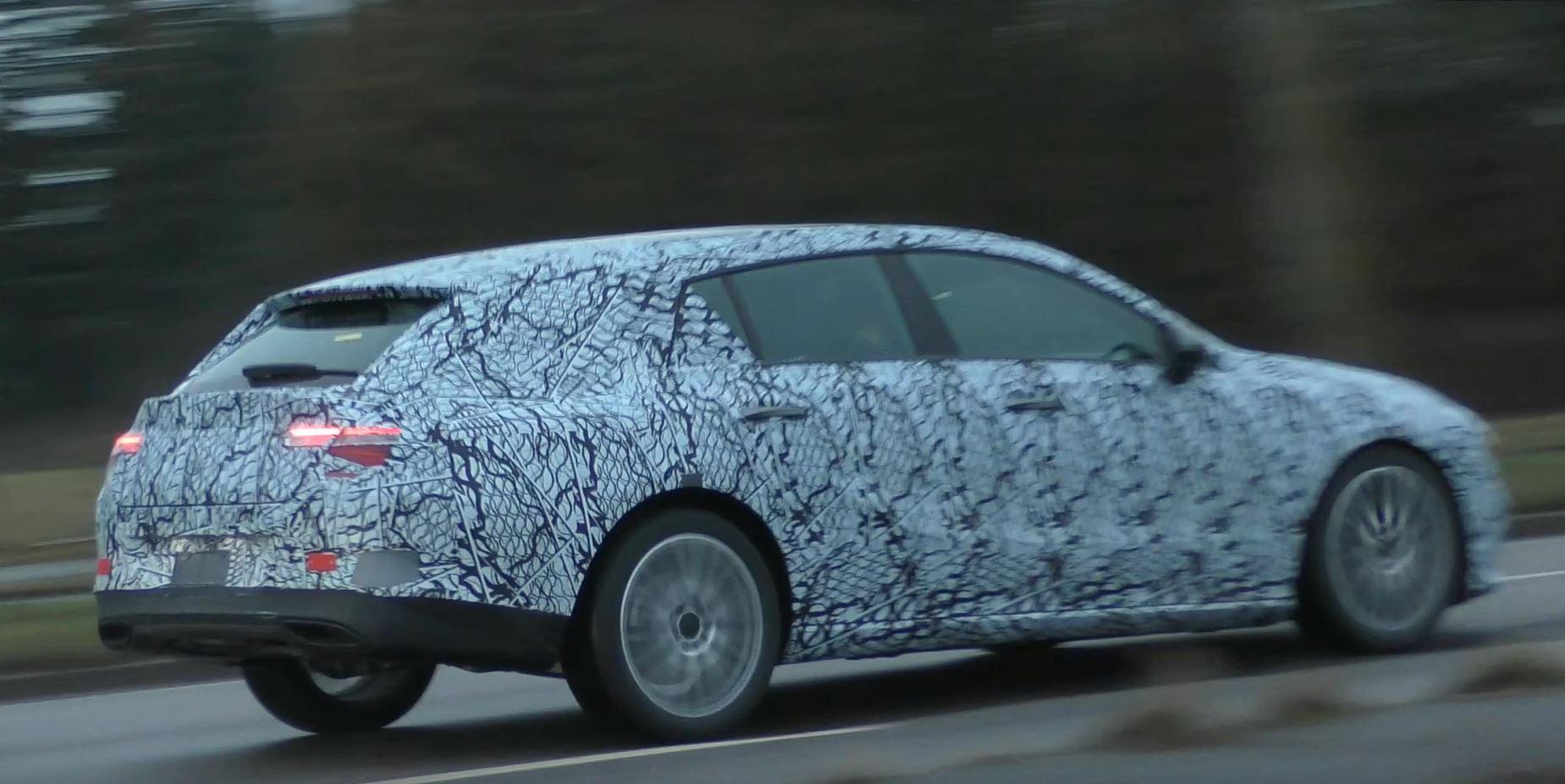 梅赛德斯-奔驰CLA猎装车路试谍照曝光 预计年内正式发布