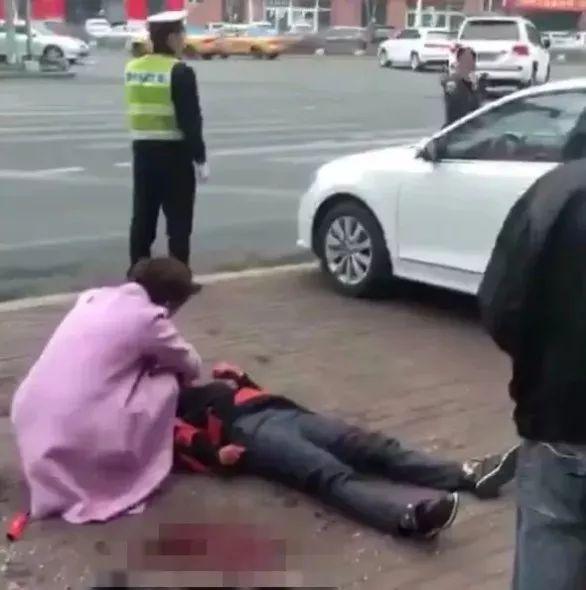 《开心快三历史记录》_突发!哈市双城男子杀死母亲和女儿,疑患精神