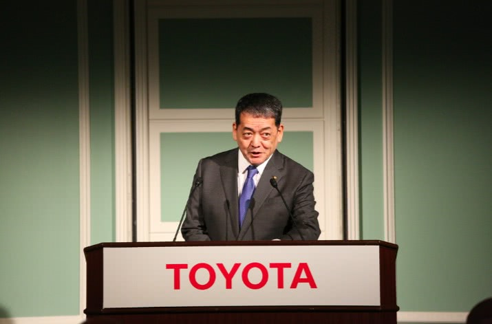滚动:我们与丰田副社长聊了聊汽车电动化和未来出行