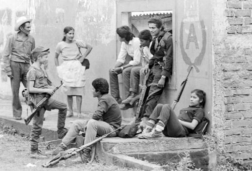 美国曾将萨尔瓦多推向疯狂内战 造成人口锐减