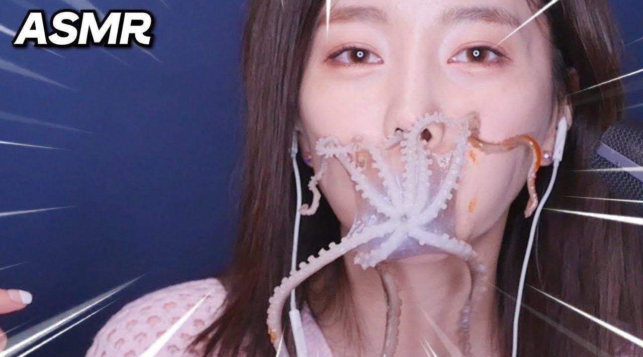 韩国硬核吃播博主素英生吃合集,生鱿鱼、活虾、活章鱼、生蟹、生