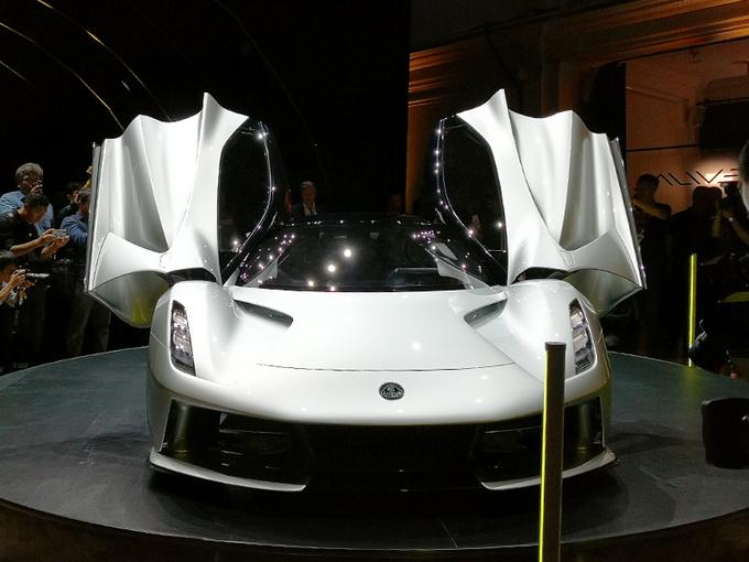 吉利发布旗舰跑车,百公里不到3秒,1462万起售,能买10个保时捷911