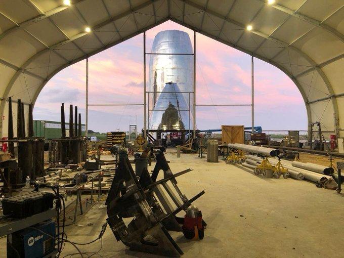 SpaceX正在准备新星际飞船以展开首个轨道飞行