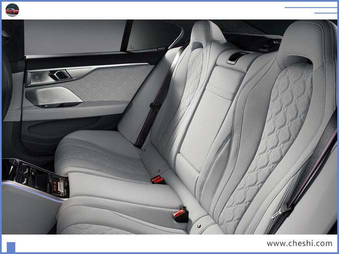 宝马全新跑车!比保时捷911帅,搭V8引擎,今年能买,您说值不值