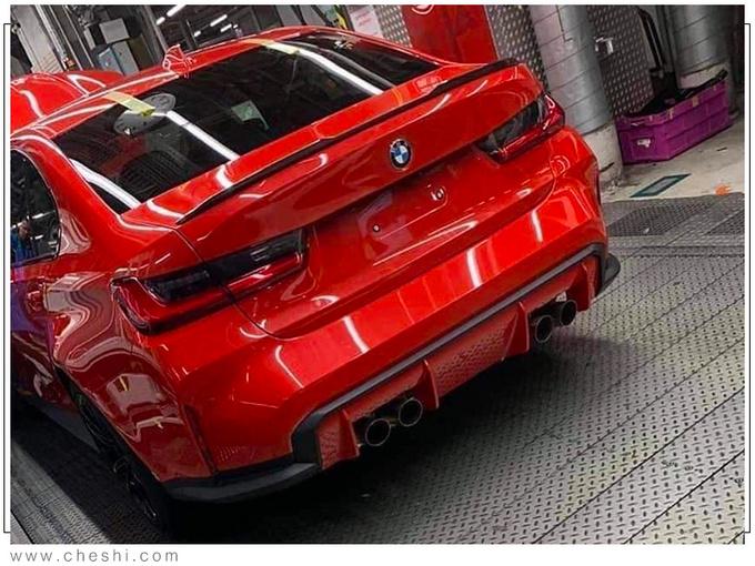 宝马全新轿车!比奔驰C级还帅,搭3.0T引擎,买它还是奥迪A4?
