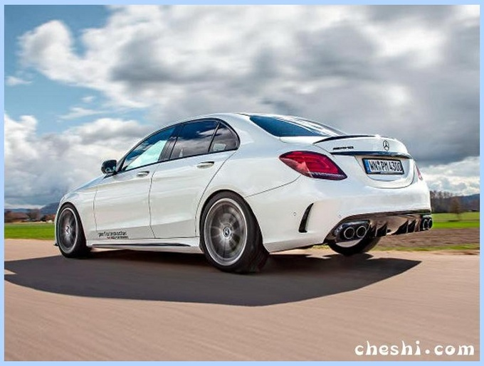 奔驰全新C级换3.0T!增运动套件+四出排气,动力比宝马M3还强