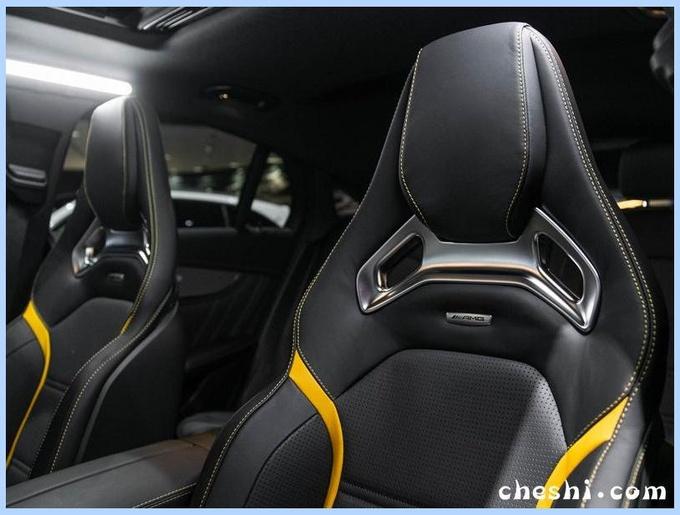 """号称""""最快""""SUV!奔驰全新GLC 63亮相,买它比奥迪SQ5合适"""