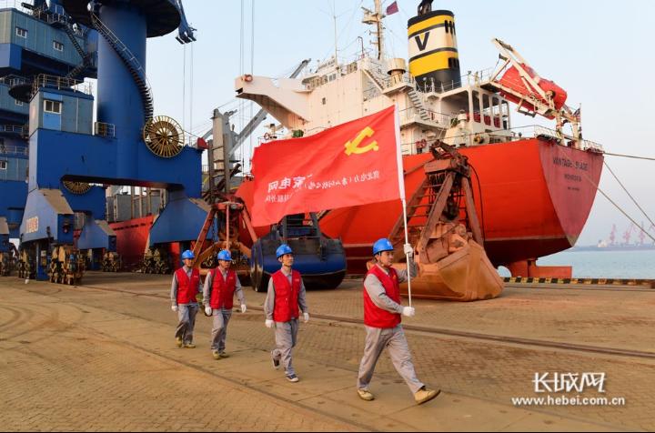 唐山供电公司国庆假期坚守在岗保障用电安全