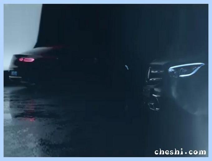 配全尺寸液晶屏,奔驰新轿跑SUV将开卖,颜值秒杀宝马X4