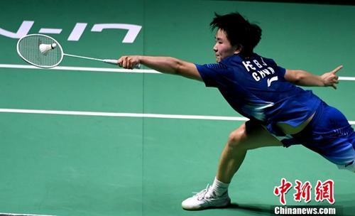 励志文章jj233 韩国羽毛球公开赛 何冰娇2:1战胜陈雨菲晋级四强