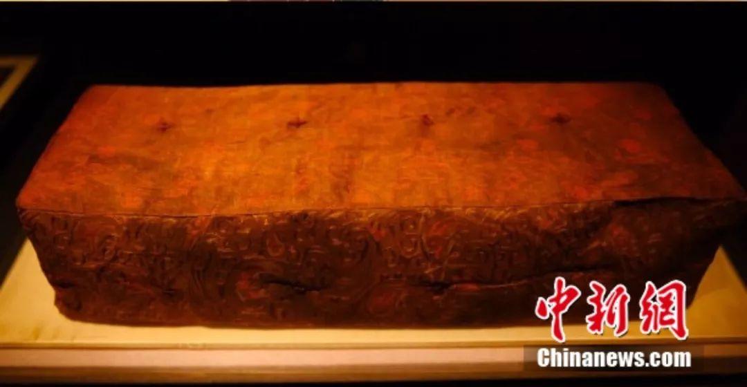 是在下输了!2000多年前西汉人活得多精致?透视装、防蚊枕…