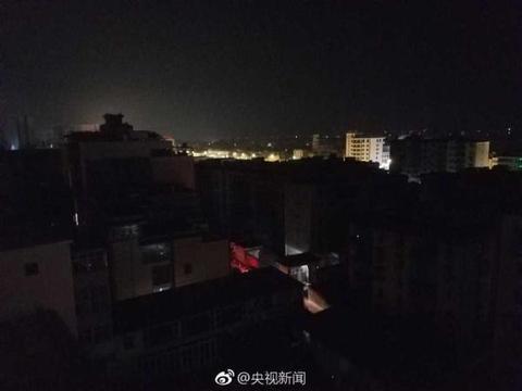 云南通海14日凌晨再次发生5.0级地震 县城震感强烈