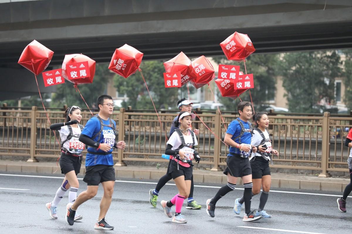50岁毛大庆:这是我的第107场马拉松