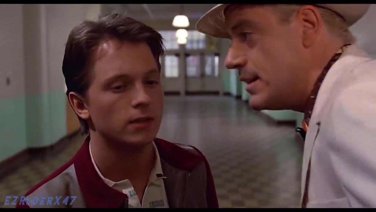 """当小罗伯特·唐尼与汤姆·赫兰德换脸""""参演""""[回到未来]"""