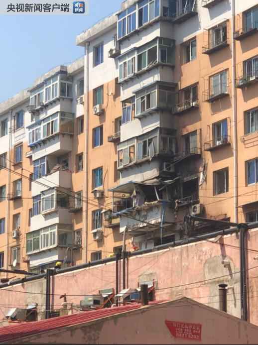沈阳一住宅楼发生爆炸 现场正在救援