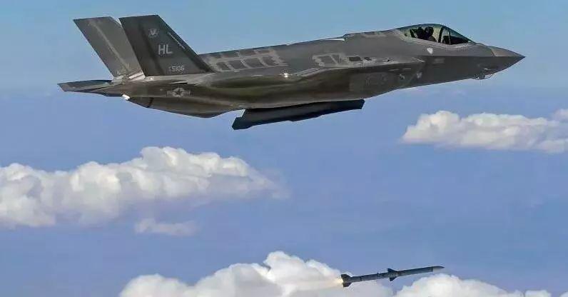 日媒:为削减对日本贸易逆差 美国使出卖军火这招