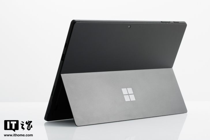 【IT之家开箱】微软Surface Pro 7图赏:Type-C接口带来大不同