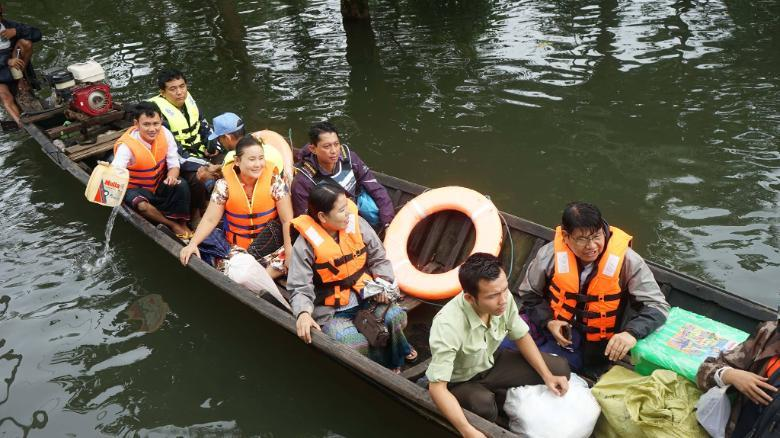 缅甸洪水致10人死亡 5省10万多人被迫逃离家园