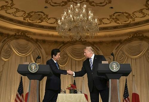 安倍访美遭打脸:特朗普拒返TPP 不给关税豁免