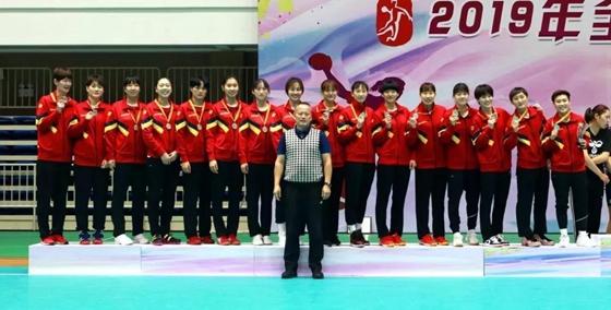 全国女子手球锦标赛山东摘银创近年最好成绩