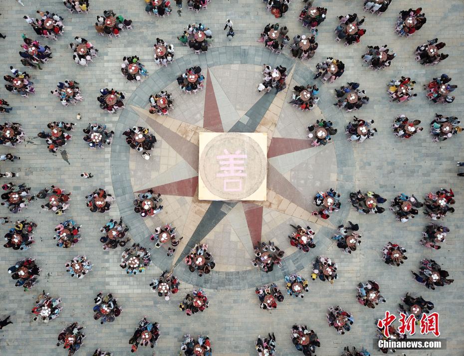 """华裔""""漫威女神""""汪可盈感染新冠,呼吁网友认真对待疫情"""