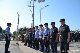八卦洲龙舟赛开赛,警方投入百余警力护航