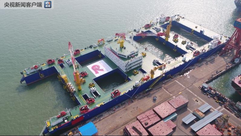 中国百万富翁210万人 世界首艘沉管浮运安装一体船26日投用