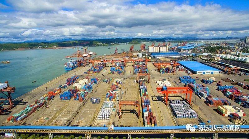 """防城港未来可期:扎实做好港口码头建设 为实现""""以海强市""""目标打下坚实基础"""