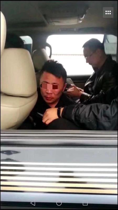 黑龙江大庆脱逃人员已被抓获 落网画面曝光