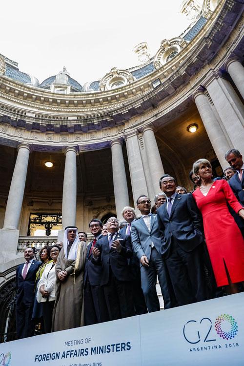 当地时间2018年5月21日,国务委员兼外交部长王毅在布宜诺斯艾利斯出席二十国集团外长会。