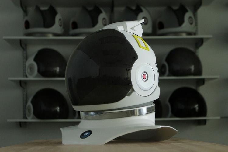 新纪录片上映在即,美国国家地理为它出了一款  VR 头盔