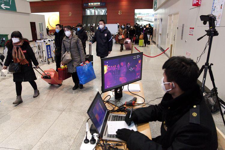 北京南站 出站测温区不拥堵不排长队图片