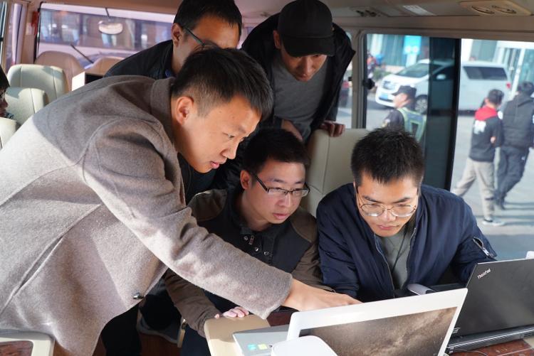 青岛手机网速2Gb要来!山东联通开通全球首个5G共建共享200M连片网络