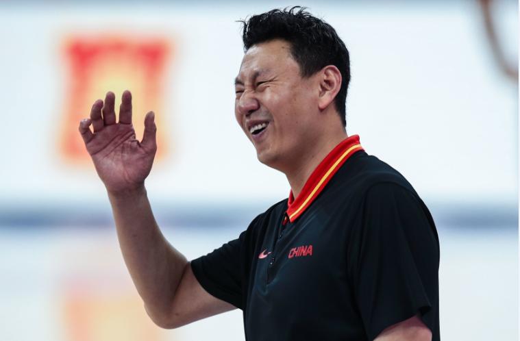 红蓝两队合并后中国男篮两战场均大胜345分