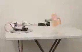 一个快速哄婴儿睡觉的机器人