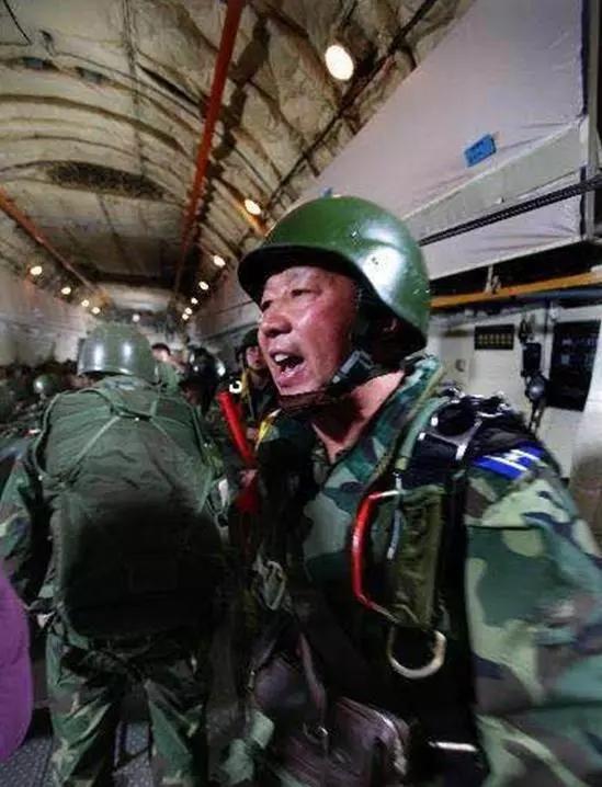 港澳彩霸三肖图 - 你还记得我吗?新中国第一架国产喷气式战斗机