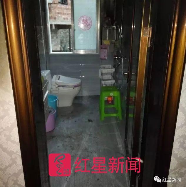▲小方家属认为,厕所可以从容逃生受访者供图