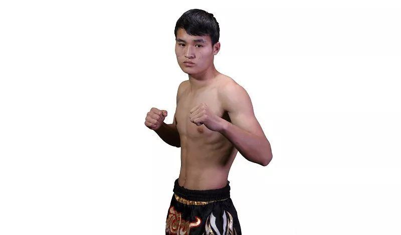 拳新一代预告   杨明稳扎稳打渴望晋级,看准时机一拳图片